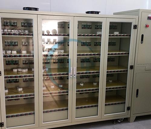 可程式灯具老化柜